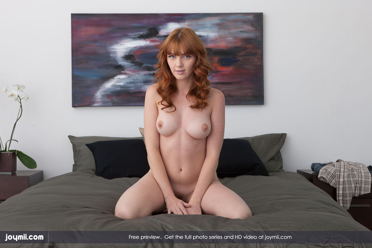 Free Joymii Gallery - Maria C. - pleasing myself - joymii